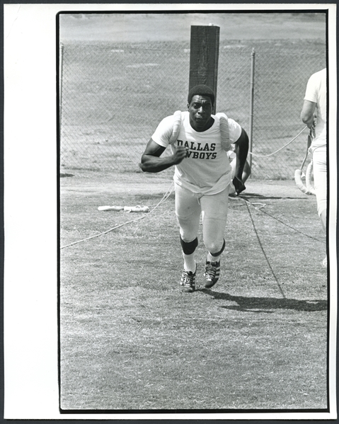 new product f7adf 96a9a Lot Detail - Bob Hayes Original Darryl Norenberg Photo ...