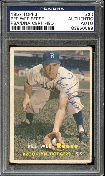 1957 Topps #30 Pee Wee Reese Autographed PSA/DNA AUTHENTIC