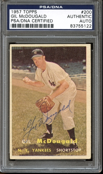 1957 Topps #200 Gil McDougald Autographed PSA/DNA AUTHENTIC